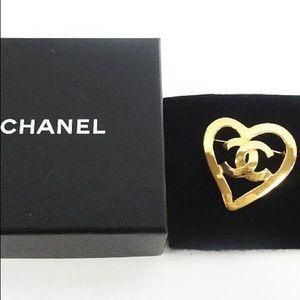 Vintage Chanel heart brooch